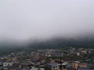 画像1(靄(モヤ)のかかった朝)