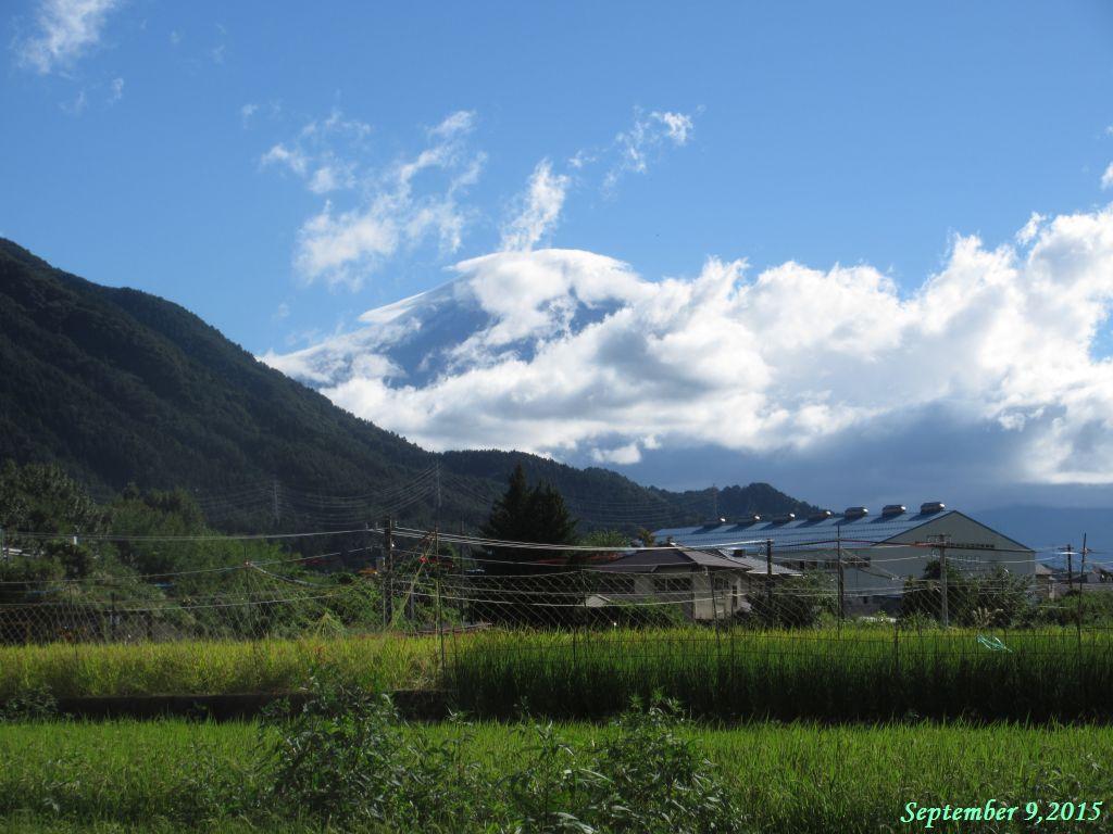 画像13(笠雲がかかった富士山)