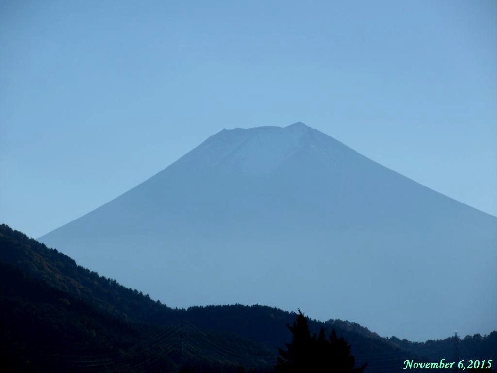 画像21(都留市境付近から見た富士山)