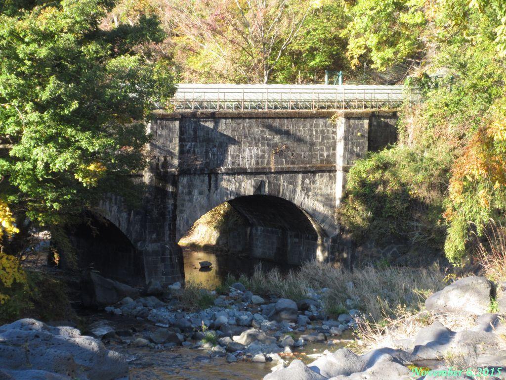 画像23(鹿留川おなん淵の疎水)