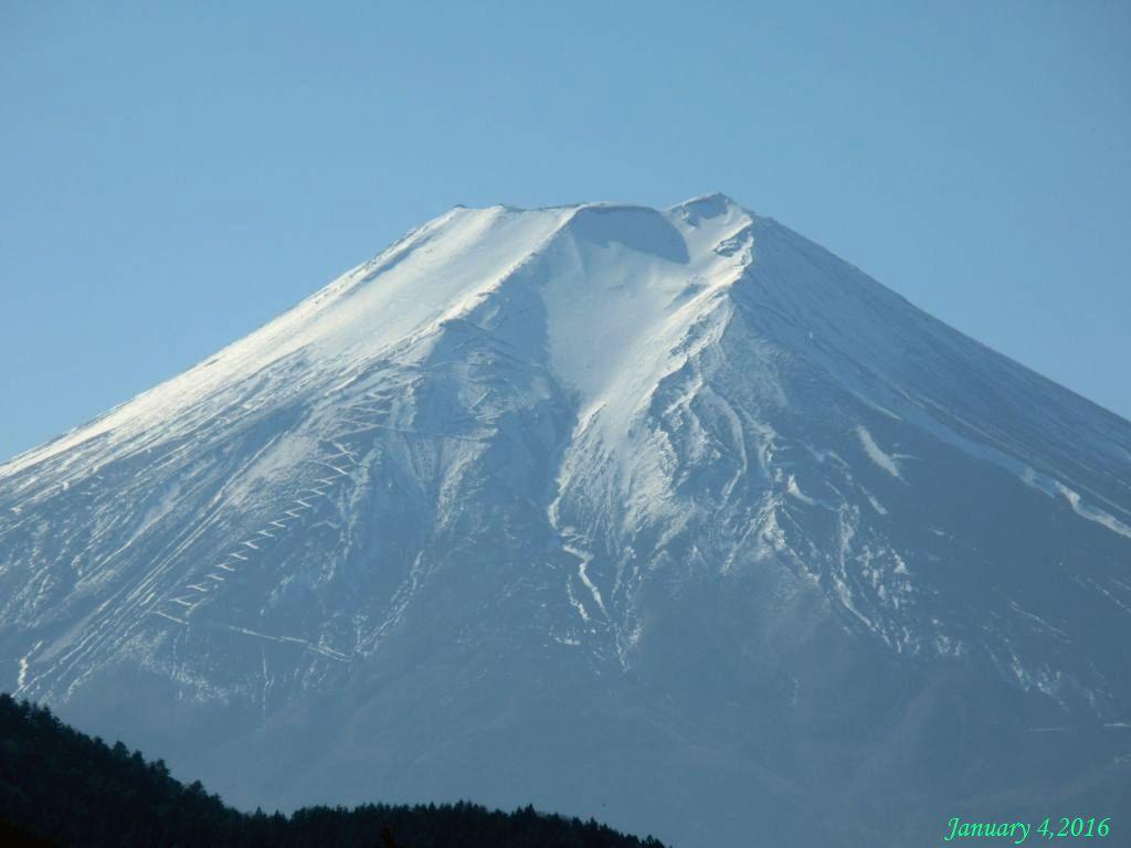 画像11(境付近から見た富士山)