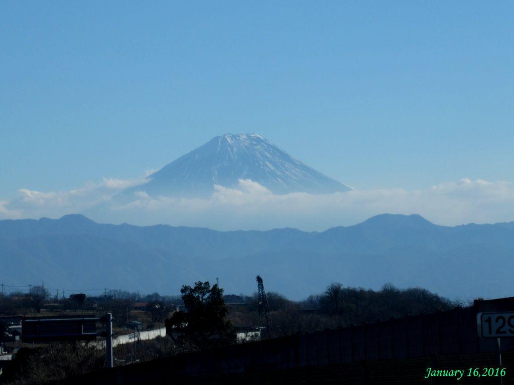 画像8(須玉付近から見た富士山)