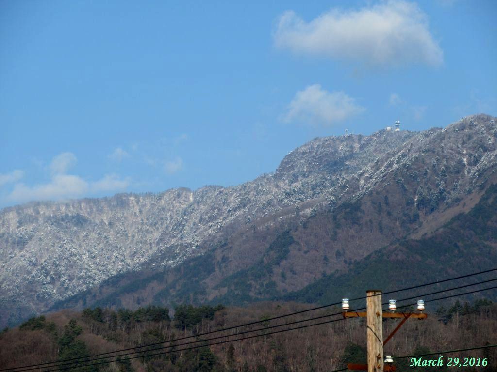 画像1(三つ峠の雪)