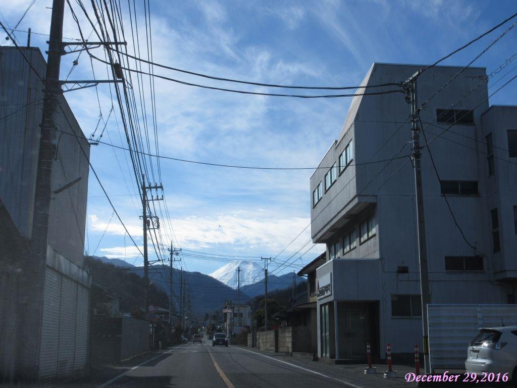 画像4(市内から見える富士山)