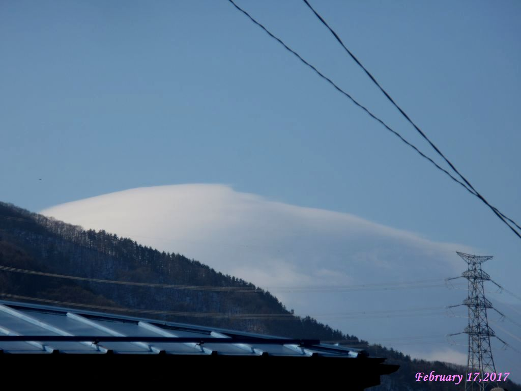 画像4(富士山の笠雲)