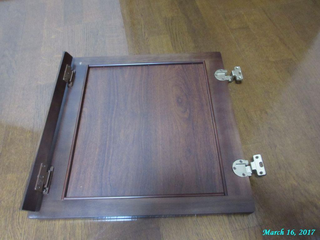 画像7(書箱の扉)