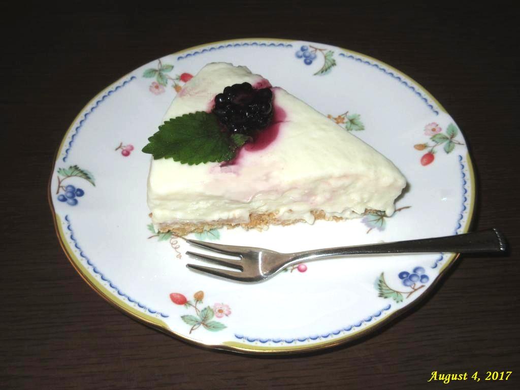 画像9(レアチーズケーキ)