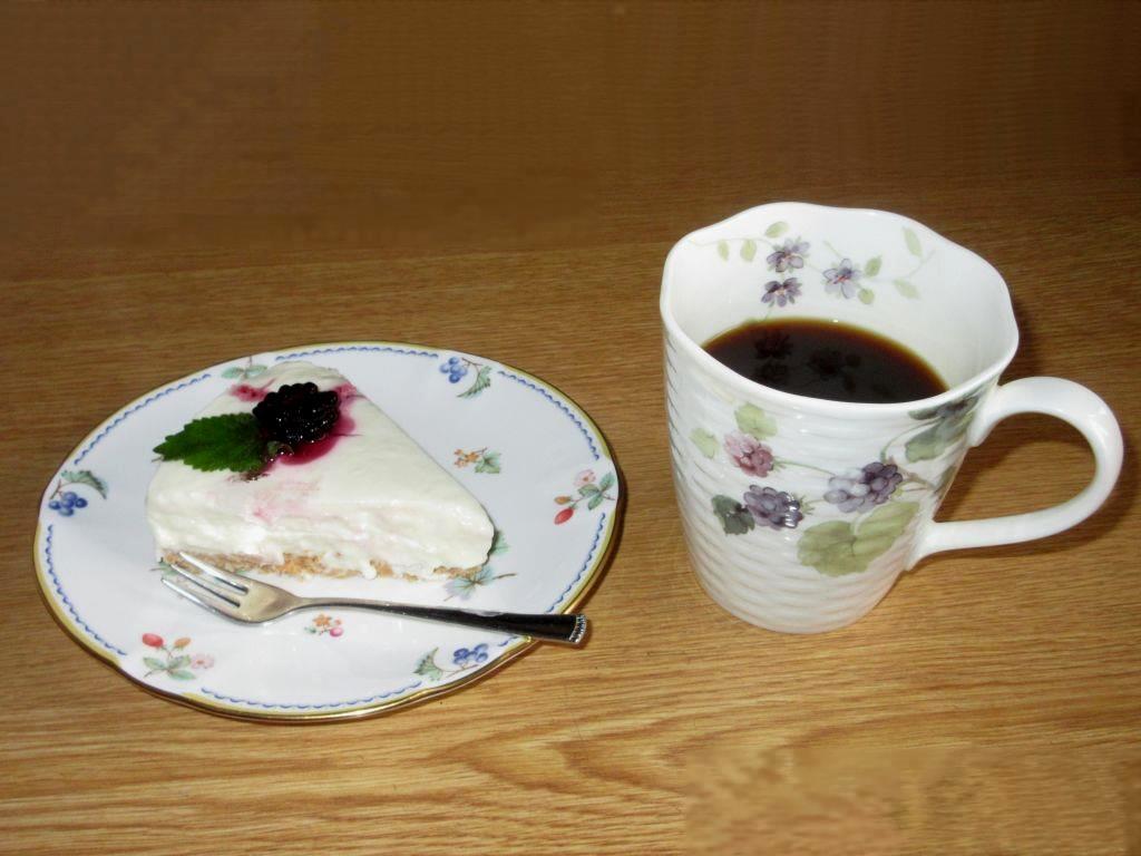 画像10(レアチーズケーキ)