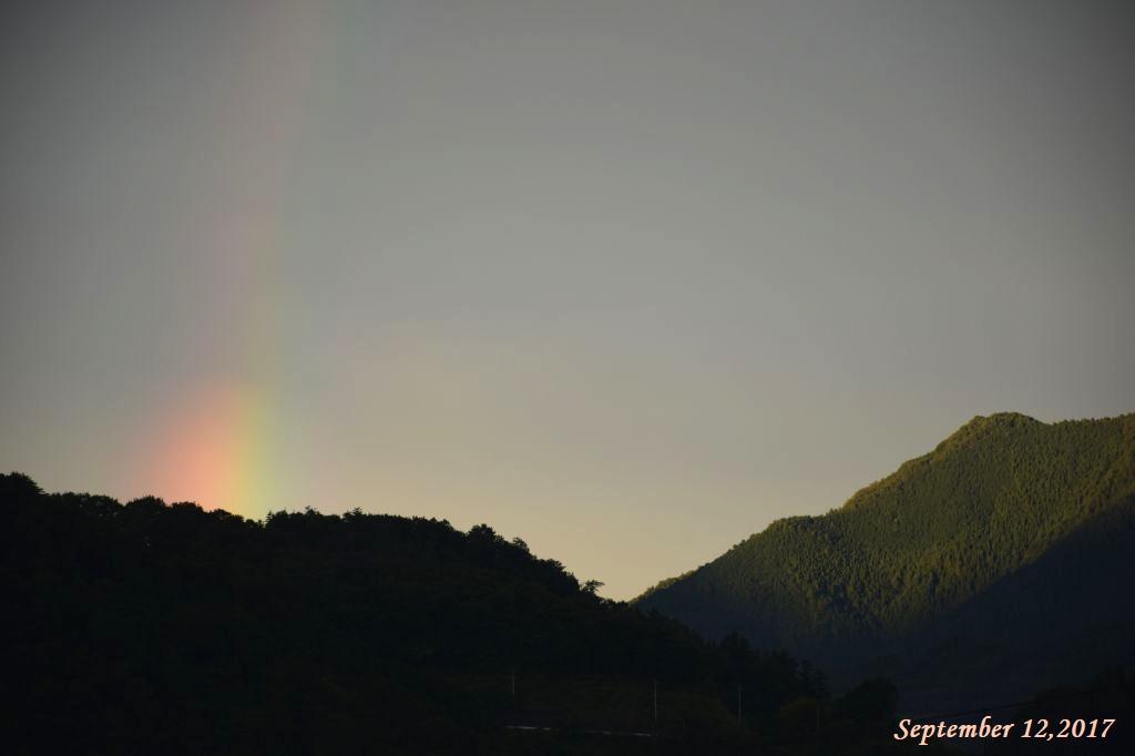 画像11(夕方の虹)