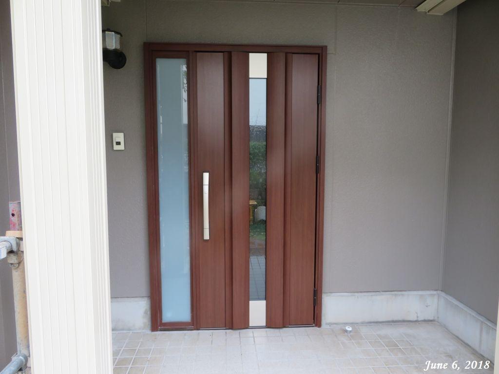 画像2(新しい玄関ドア)