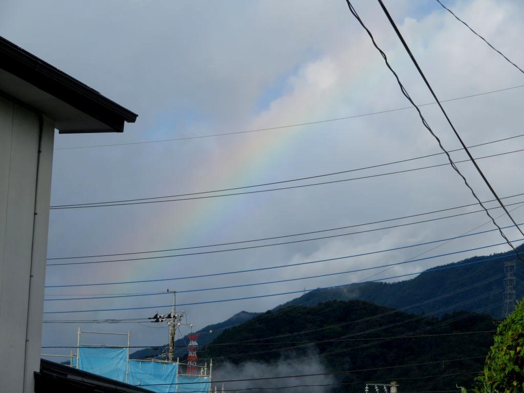 画像1(今朝の虹)