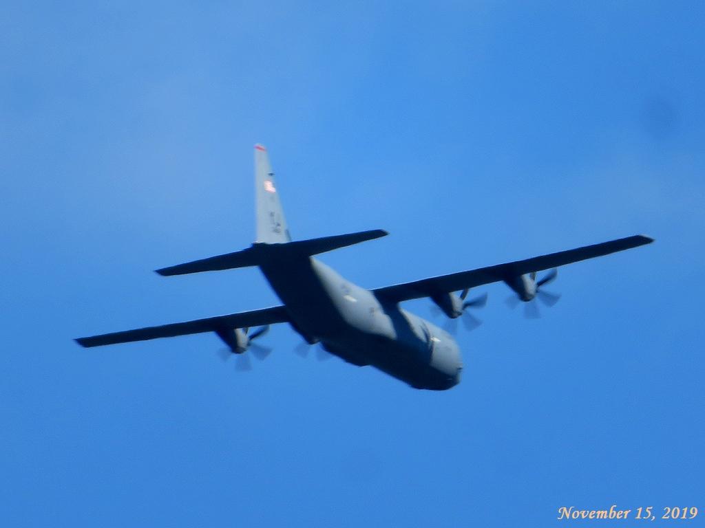 画像17(米軍機?)
