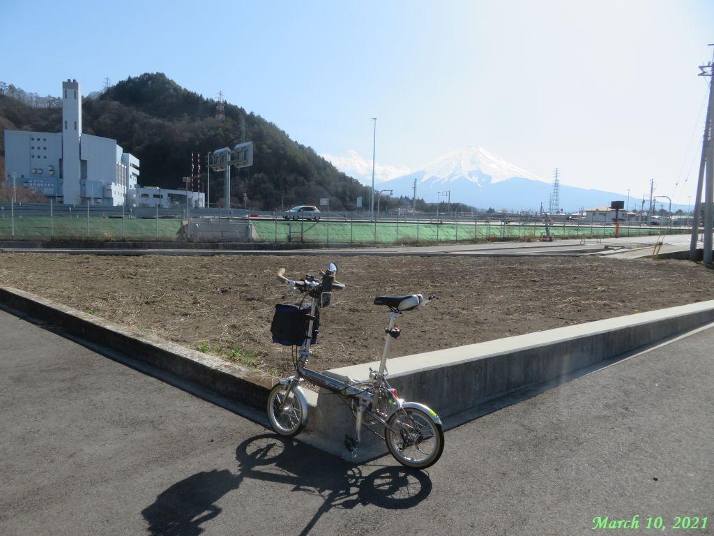画像8(トレンクルと富士山)